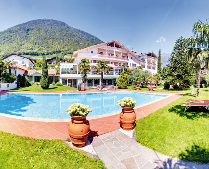 Hotel in Marlengo near Merano